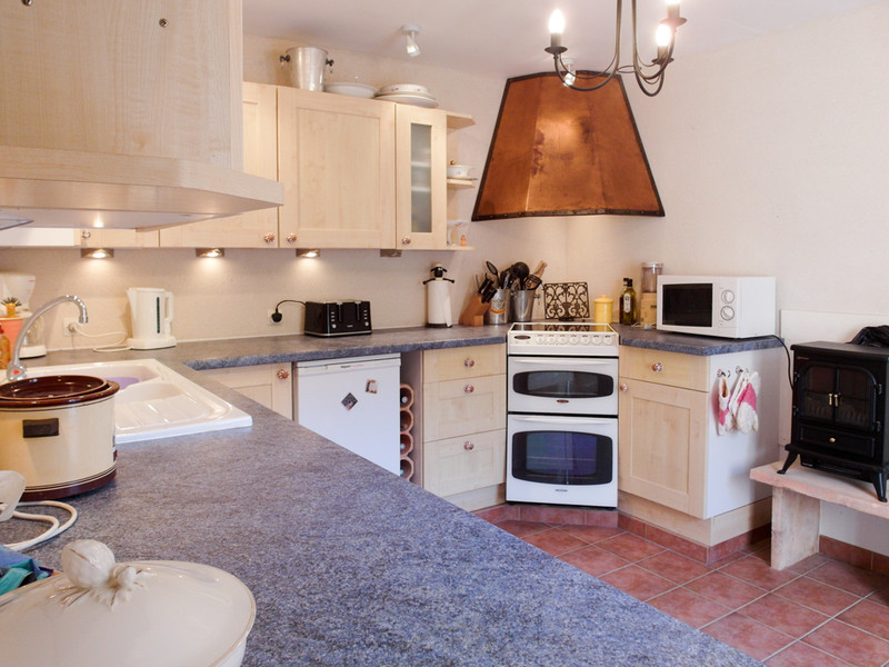 French property for sale in Sainte-Verge, Deux-Sèvres - €189,000 - photo 2