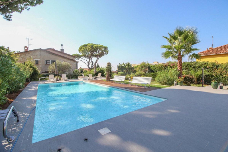 French property for sale in Nice, Alpes-Maritimes - €710,000 - photo 4