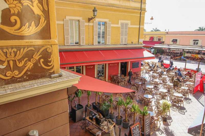 French property for sale in Nice, Alpes-Maritimes - €390,000 - photo 2
