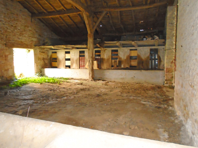 French property for sale in Benest, Charente - €27,000 - photo 10
