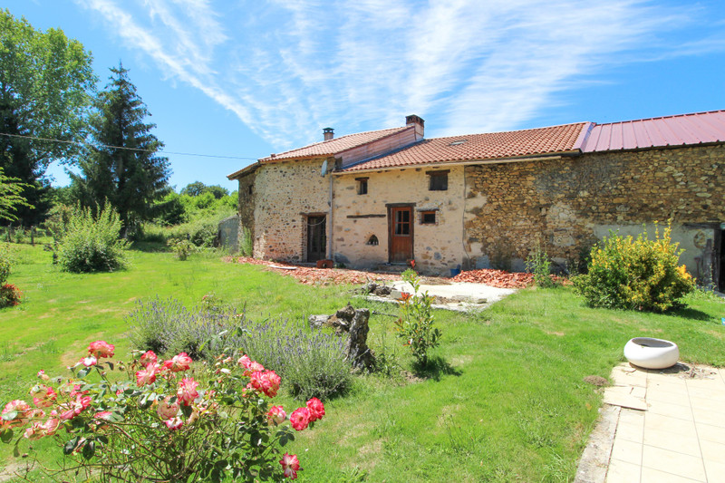 French property for sale in Saulgond, Charente - €141,700 - photo 8