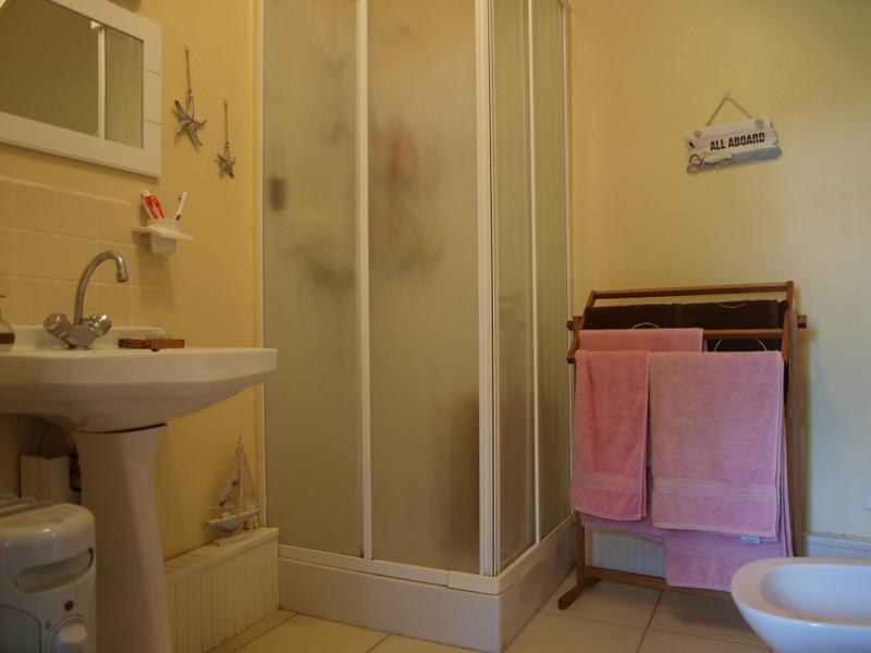Maison à vendre à Saint-Sauvant, Vienne - 74 800 € - photo 8