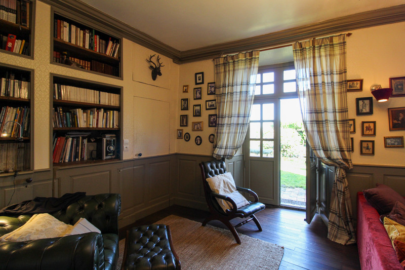 French property for sale in Voulmentin, Deux-Sèvres - €251,450 - photo 4