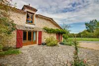 houses and homes for sale inQuinsacDordogne Aquitaine