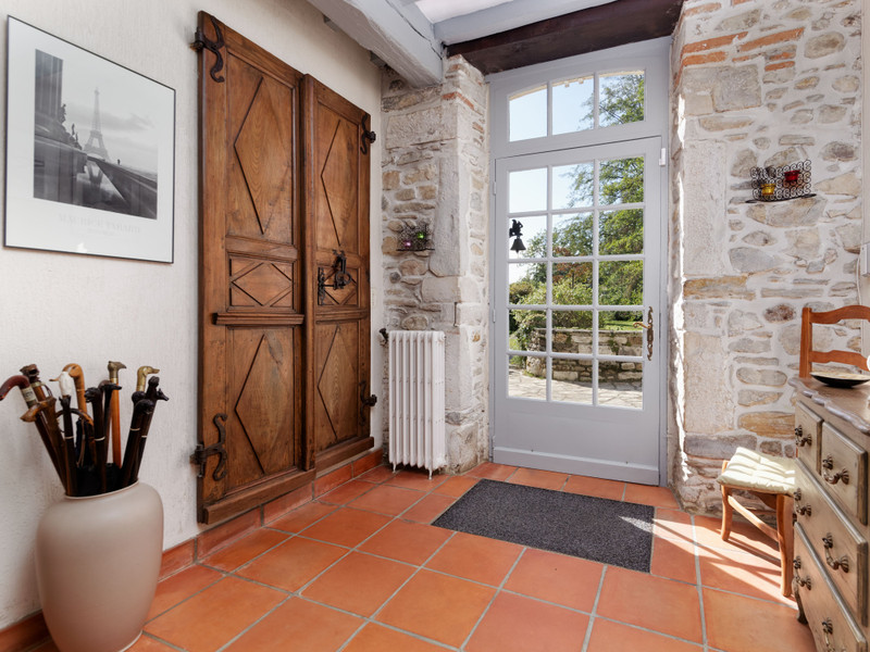 French property for sale in Jurançon, Pyrenees Atlantiques - €600,000 - photo 5