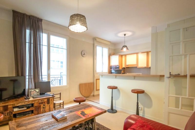 French property for sale in Paris 13e Arrondissement, Paris - €399,000 - photo 2
