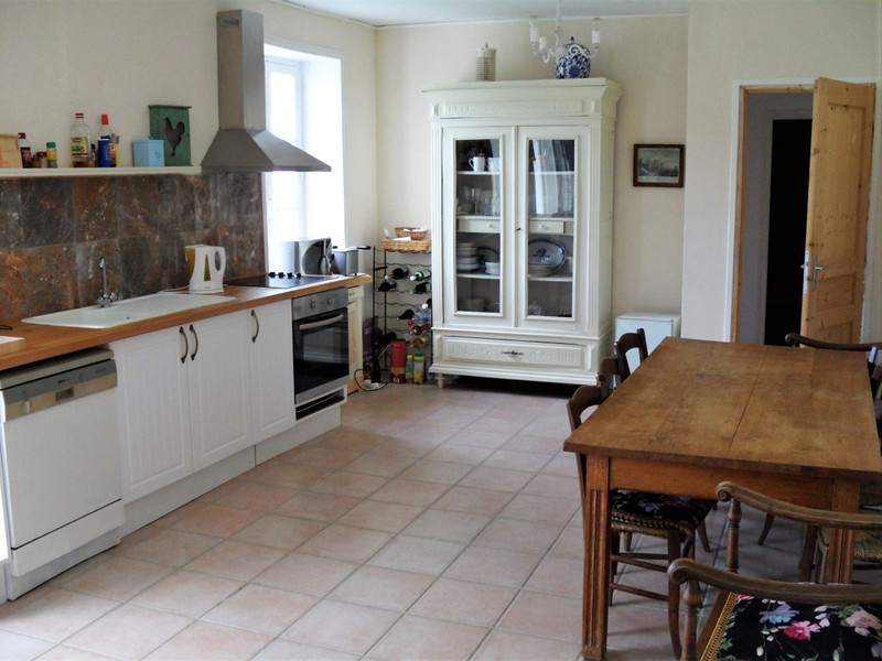 French property for sale in Salagnac, Dordogne - €299,600 - photo 2