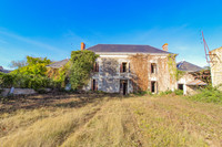 houses and homes for sale inAulnayVienne Poitou_Charentes
