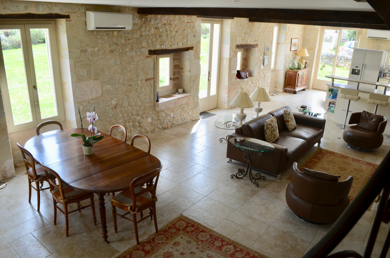 French property for sale in Landerrouat, Gironde - €330,000 - photo 4