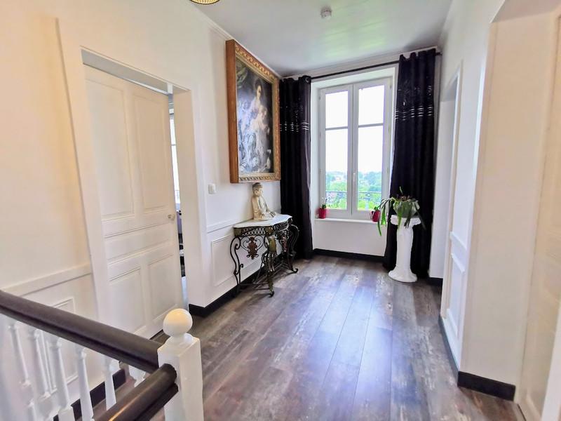 French property for sale in Saint-Yrieix-la-Perche, Haute-Vienne - €296,000 - photo 7