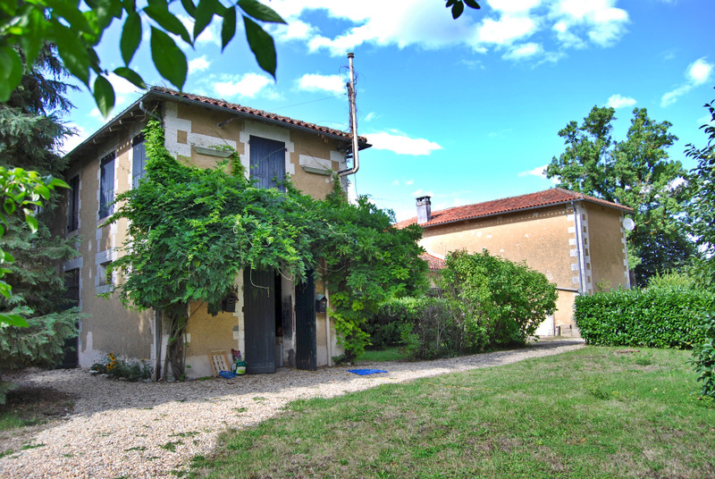 French property for sale in Rouffiac, Charente - €683,000 - photo 10