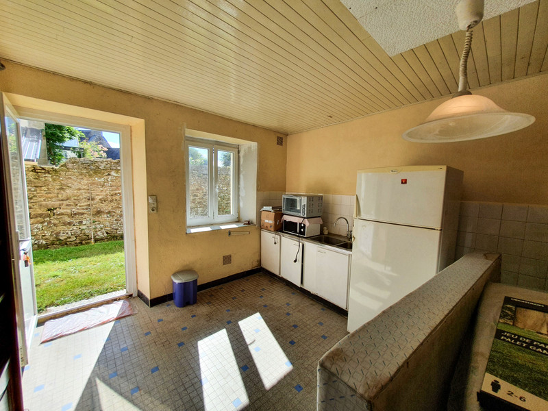 French property for sale in Rostrenen, Côtes-d'Armor - €56,600 - photo 5