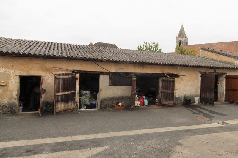 Maison à vendre à Béthines, Vienne - 69 950 € - photo 7