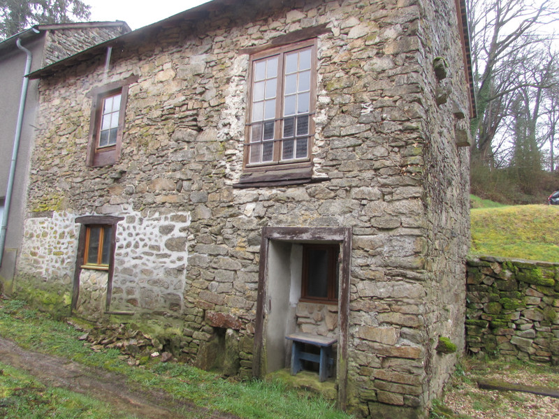 French property for sale in Saint-Léger-Bridereix, Creuse - €25,000 - photo 2