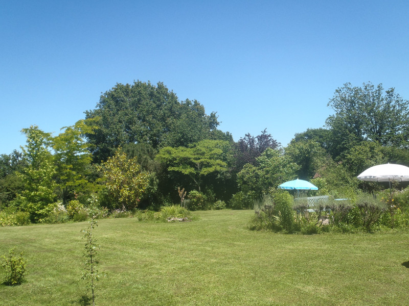 French property for sale in Lesterps, Charente - €229,000 - photo 8