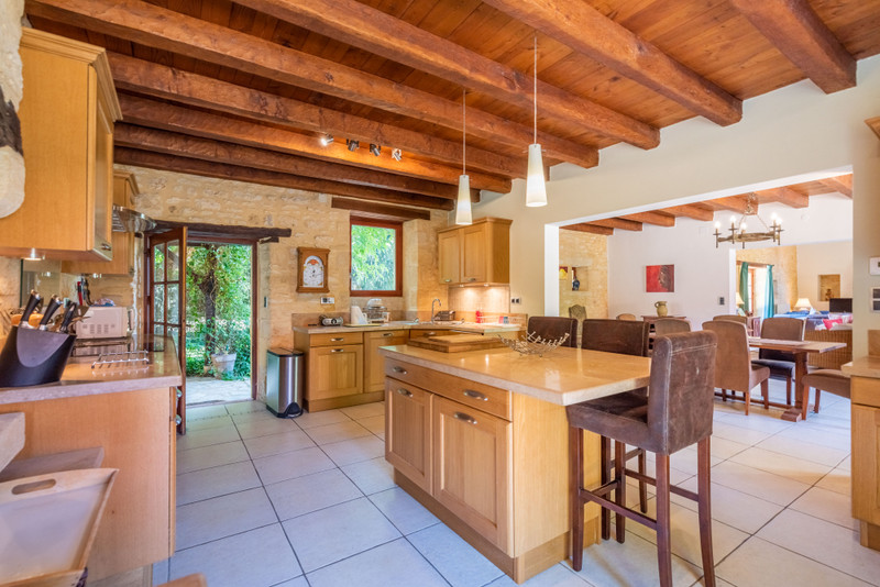 French property for sale in Proissans, Dordogne - €595,000 - photo 5