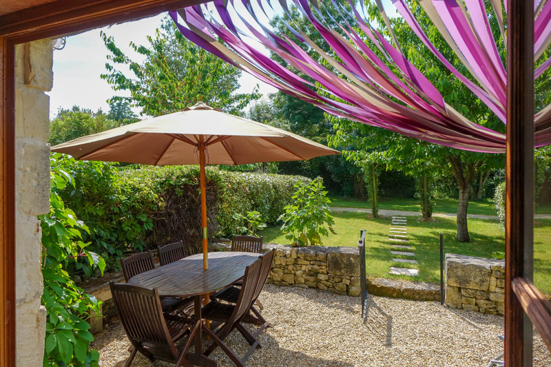 French property for sale in Saint-Crépin, Charente-Maritime - €444,999 - photo 10