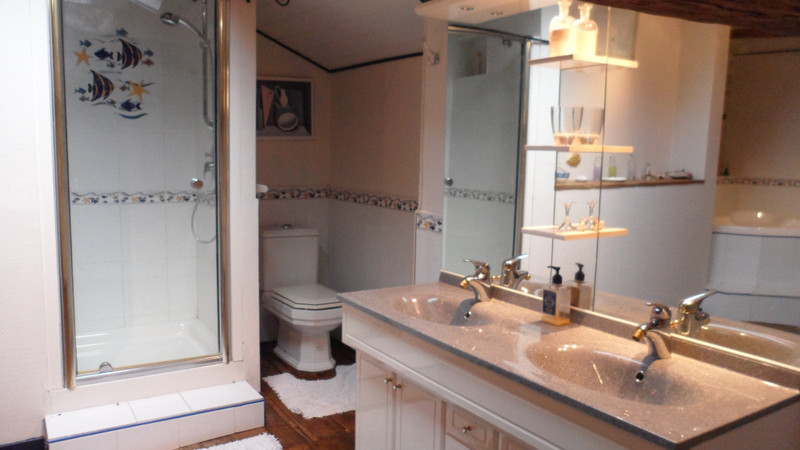 French property for sale in Brux, Vienne - €249,999 - photo 10